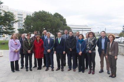 El Consejo Rectoral de la UPNA visita la Universidad de Navarra