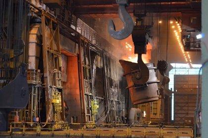 ArcelorMittal y Acerinox lideran las caídas del Ibex tras el anuncio de imposición de aranceles de EEUU