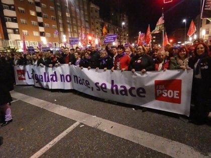 """Llamedo (PSOE) quiere que el """"éxito histórico"""" sirva para que el PP """"tenga en cuenta la voz de las mujeres"""""""