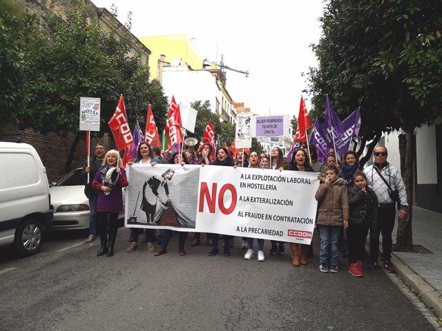 Manifestación de las camareras de piso del Grupo Hotusa