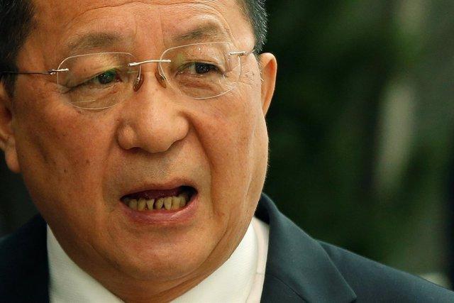 El ministro de Exteriores de Corea del Norte, Ri Yong Ho