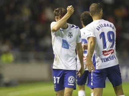 Mula guía al Tenerife ante el Oviedo y le acerca a la promoción