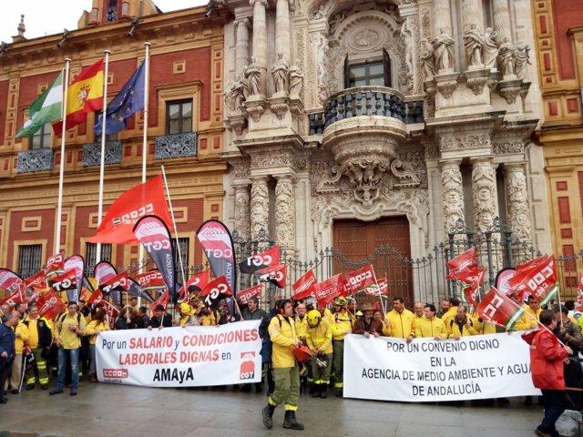 Concentración de trabajadores de Amaya