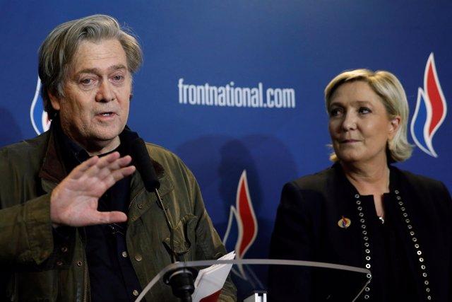 Steve Bannon y Marine Le Pen