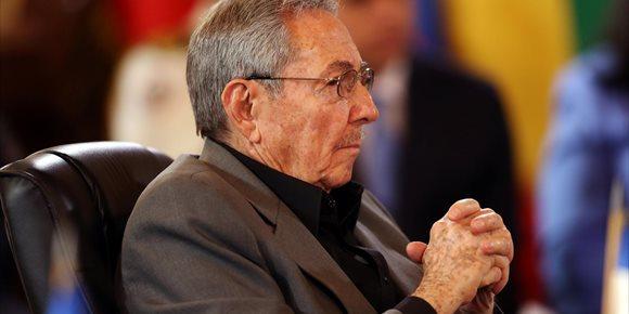 10. Cuba cierra este domingo el proceso electoral que culminará con el relevo de Raúl Castro
