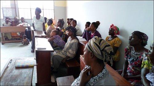 Mujeres en un centro de formación en República Democrática del Congo
