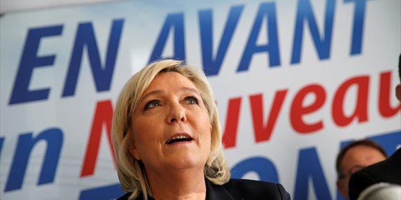1. Le Pen propone redenominar el FN como Reunión Nacional