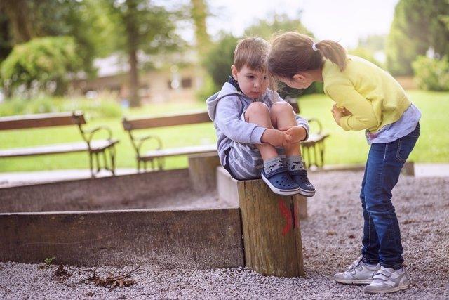 Empatía, niños, parque
