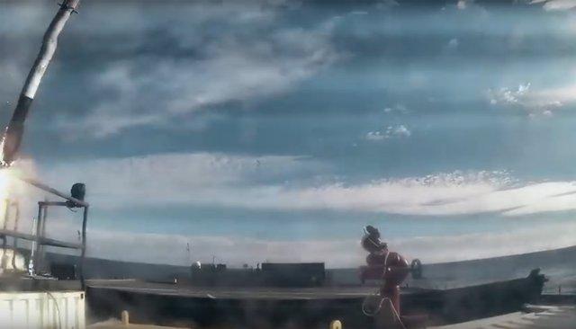 Momento del choque del acelerador principal del Falcon Heavy