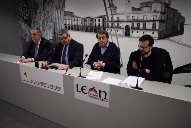 García Prieto (2D) presenta la lanzadera de empleo de León 12-3-2018
