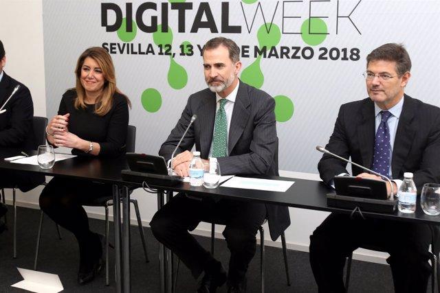 El Rey Felipe VI entre Susana Díaz y Rafael Catalá en Andalucía Digital Week