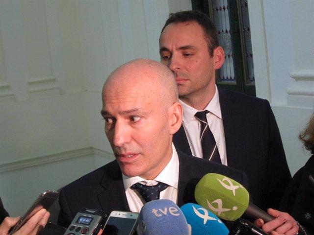 Marco Antonio Sosa y Davis Valls de TEL
