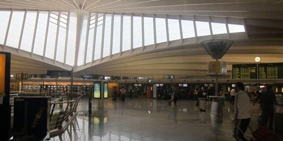 8. Bilboko Aireportuak 323.977 bidaiari erregistratu zituen otsailean, urtetik urteko %9,4 gehiago