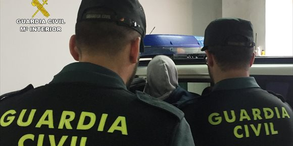 9. Detienen en Abanilla a los tres integrantes de un grupo delictivo juvenil dedicado a cometer robos con fuerza