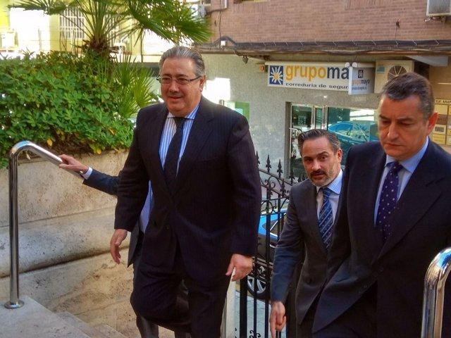El ministro del Interior llega a la Subdelegación de Almería