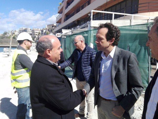 Marc Pons visita las obras del Moll des Riuet (Porto Cristo)