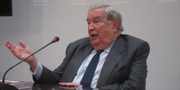 8. Saavedra asegura que no volverá a ocupar un cargo público y aspira a tareas culturales