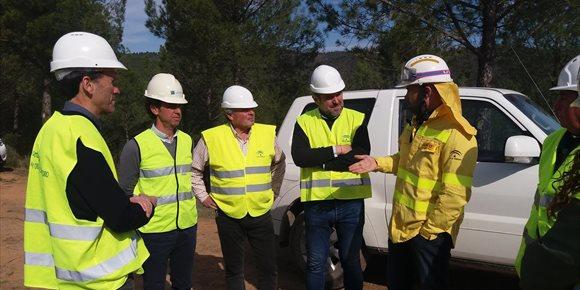 5. La Junta realiza selvicultura preventiva contra incendios en el monte Cabeza Aguda