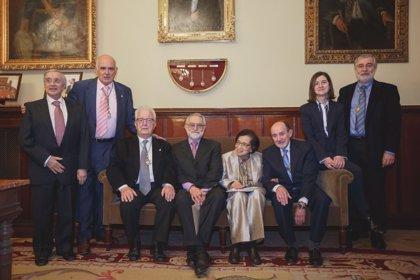 María Isabel Rodríguez, nueva Académica Correspondiente Extranjera de la Real Academia Nacional de Medicina de España