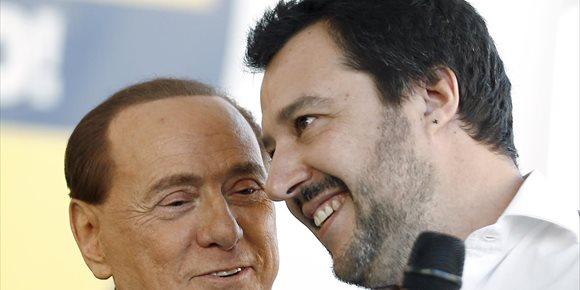 6. Salvini descarta gobernar con el apoyo del centro-izquierda, como propone Berlusconi