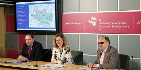 2. Diputación de Álava edita un nuevo material de promoción turística adaptado a invidentes