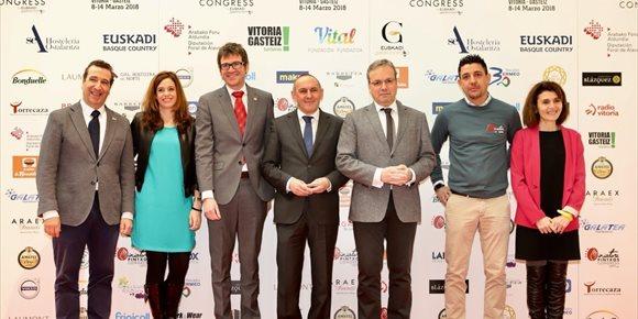 2. Vitoria reúne a más de 80 profesionales de la gastronomía en el V congreso de cocina en miniatura