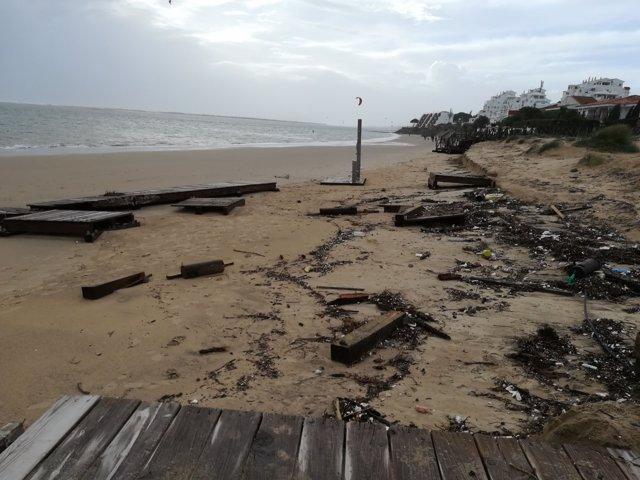 Daños en El Portil por el temporal.