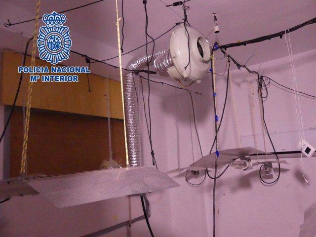 Punto de venta de droga donde hallaron muerta a una mujer en Almería