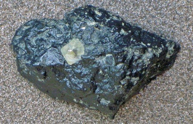 Diamante en kimberlita