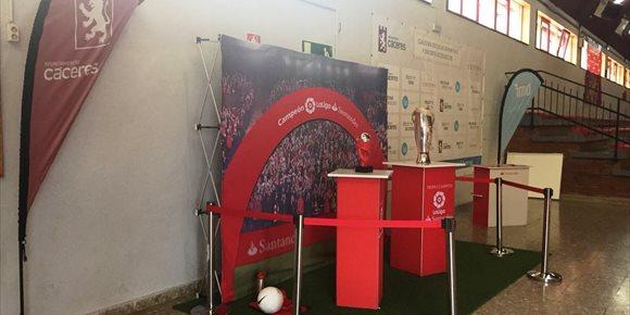 5. El Tour de la Copa de La Liga Santander recala este martes en Cáceres