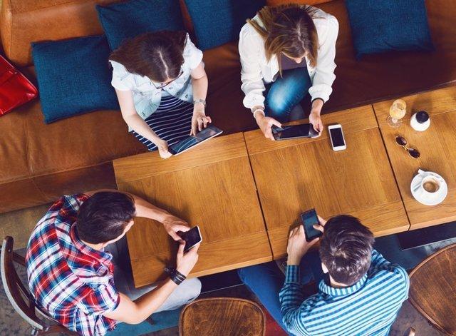 Redes sociales, jóvenes, internet