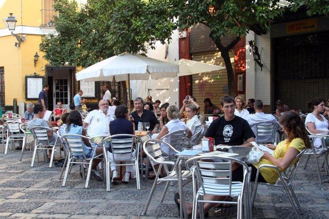 Cort plantea recuperar un 11,4% del espacio público con la nueva ordenanza de ocupación de la vía pública