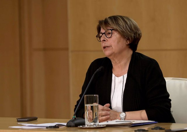 Inés Sabanés en rueda de prensa