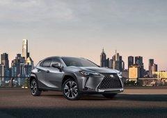 Cuando Lexus pone en manos de una mujer su nuevo Compacto UX... Un coche estrella con una ingeniera estrella