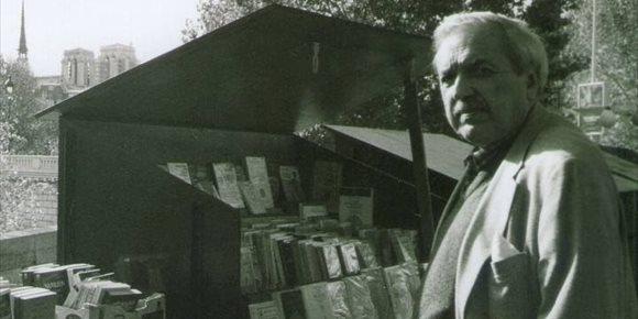 4. Muere el escritor Luis Loayza, figura icónica de la prosa en Perú