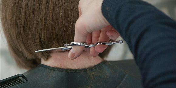 7. Apuñalan a una niña en Colombia para robarle el pelo