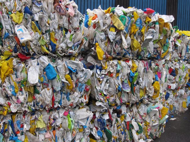 Plástico en Sogama