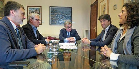 4. El alcalde de Lleida recibe a la nueva junta de SCC en el Ayuntamiento