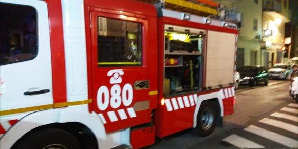 7. Afectadas dos personas por inhalación de humo en el incendio de una vivienda en Almería