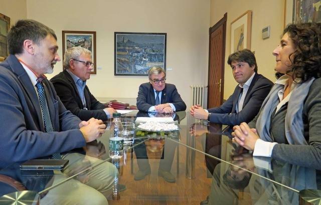 L'alcalde de Lleida es reuneix amb la junta de SCC
