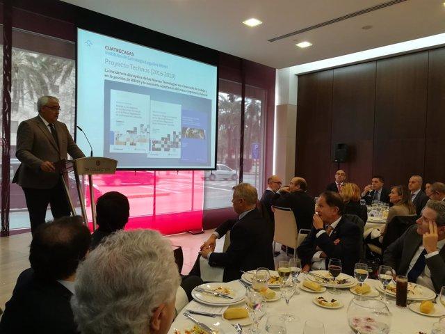 Consejero de Economía,, Antonio Ramirez de Arellano, en almuerzo de Cuatrecasas