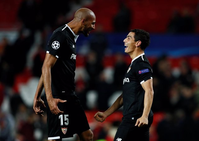 Nzonzi y Ben Yedder en Old Trafford