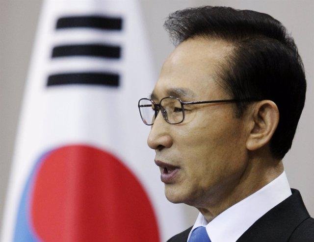 presidente surcoreano, Lee Myung Bak