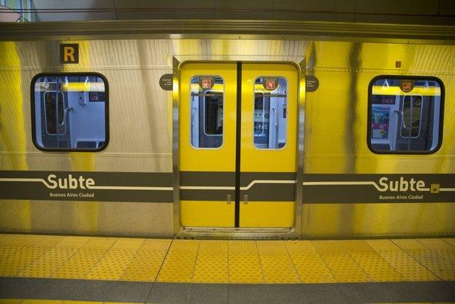 Tren de Buenos Aires Subte