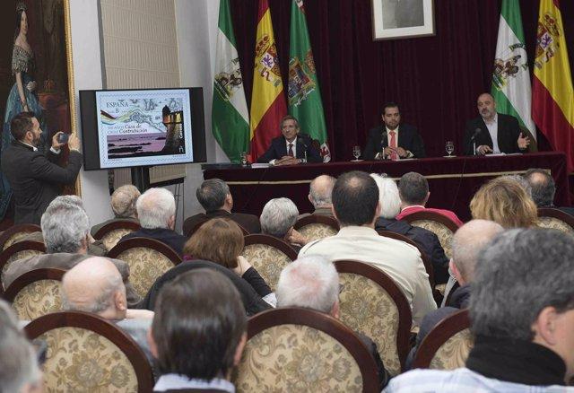 Presentación del sello del Tricentenario del traslado de la Casa de Contratación