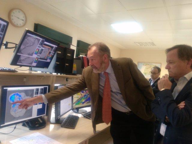 El delegado de Aemet explica a Moragues el tiempo para Fallas