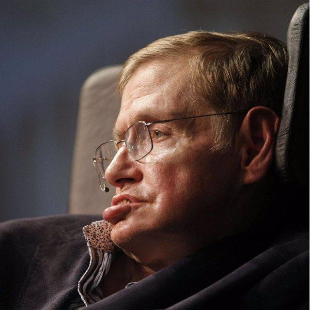 Científico británico Stephen Hawking