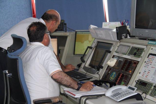 Salvamento Marítimo, en el hallazgo de una patera en Mar de Alborán
