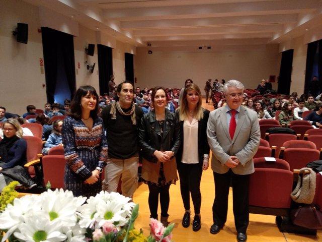 Guijarro (centro), en la inauguración del acto
