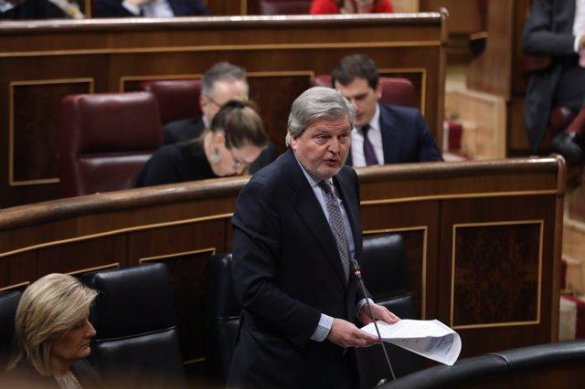 Iñigo Méndez de Vigo en la sesión de control al Gobierno
